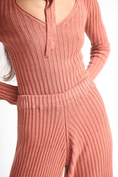Baserange Loch Pant - Linen Rib in Rose waistband detail view