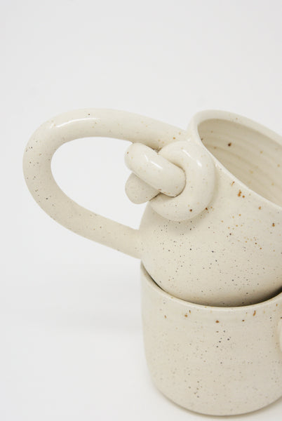 Lost Quarry Knotted Mugs - Single Top Knot with Handle in Snow handle detail