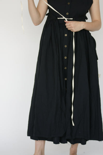 Little Creative Factory Crinkled Dress in Black skirt detail view