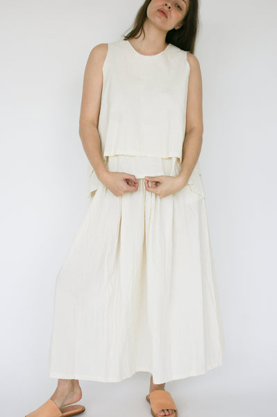 Little Creative Factory Crinkled Skirt in Cream on model view front
