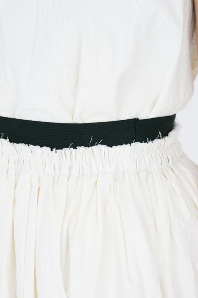 Little Creative Factory Crinkled Skirt in Cream waist detail view