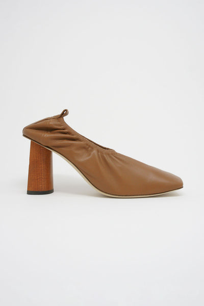 Rejina Pyo Edie Pump in Brown side view