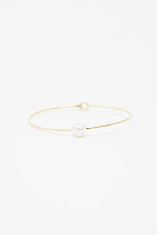 Mary MacGill Baroque Pearl Cuff in Petite White