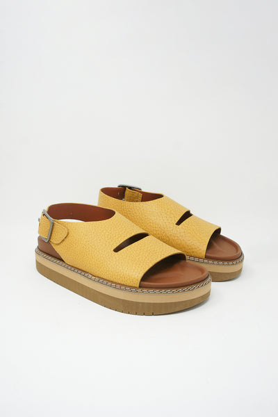 Sofie D'Hoore Fame Sandal - Natural Tumbled Grain Leather in Amber front diagonal