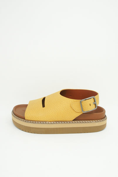 Sofie D'Hoore Fame Sandal - Natural Tumbled Grain Leather in Amber side