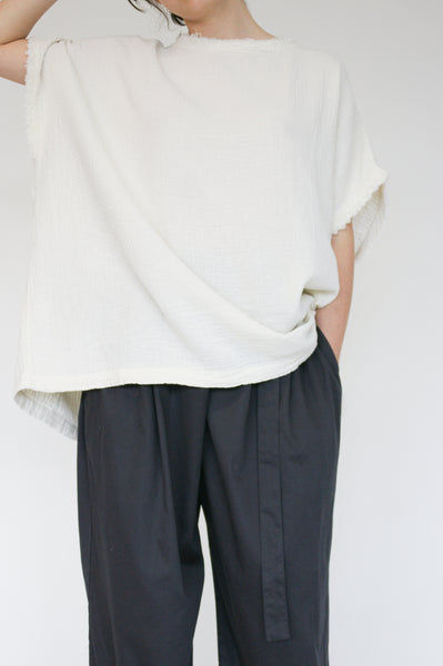Black Crane Double Gauze Top in Cream on model view front