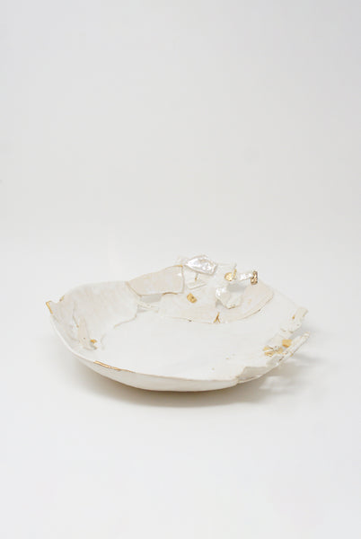 Minh Singer XL Fragmented Bowl in White Stoneware & 22k Gold Luster side view