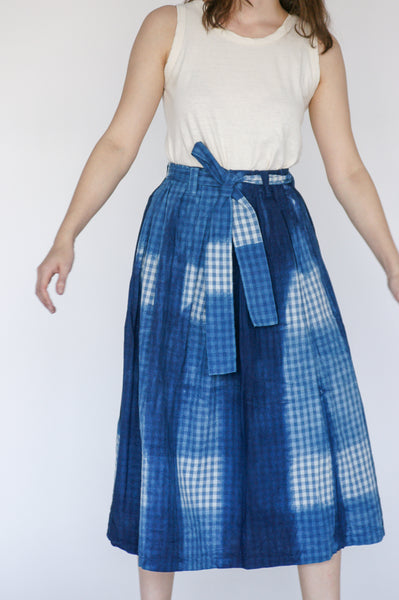 Ichi Antiquites Skirt in Hand Dye Itajime Gingham on model view front