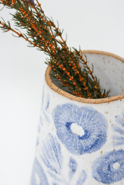 Michelle Blade Medium Cone Vase in Speckled White & Blue mouth detail view