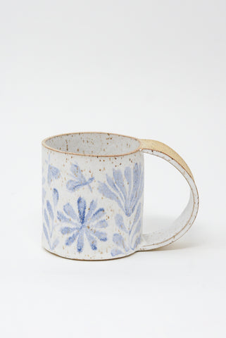 Michelle Blade Tall Gardener's Mug in Speckled White & Blue side view