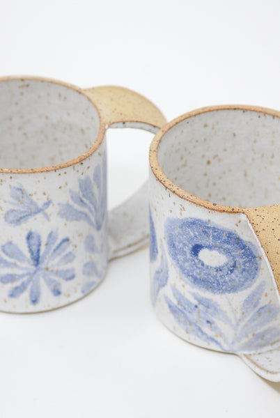 Michelle Blade Tall Gardener's Mug in Speckled White & Blue group view