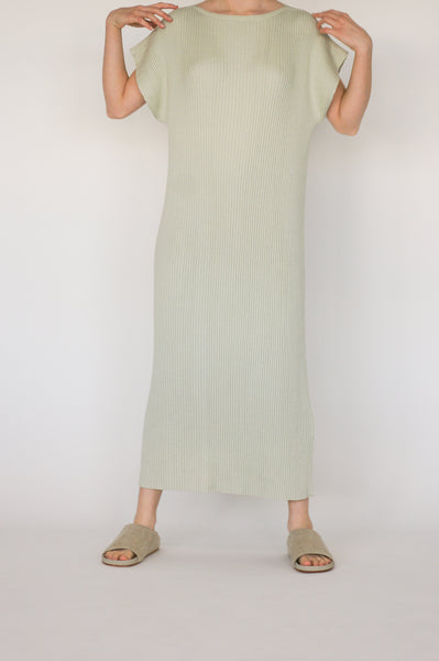 Lauren Manoogian Column Caftan  in Menthol on model view front