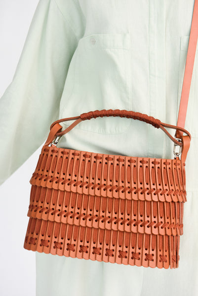 Hatori Leather Basket in Tan x Cinnamon shoulder strap view