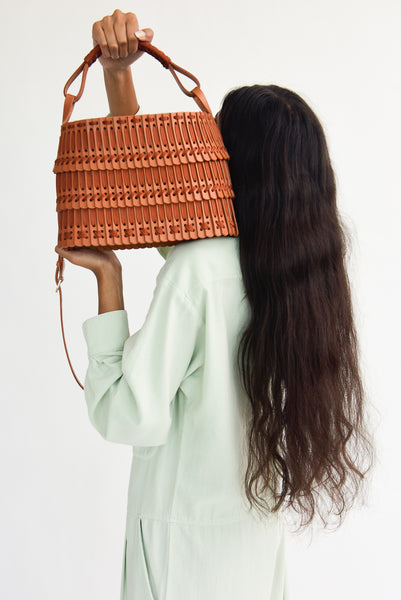 Hatori Leather Basket in Tan x Cinnamon handle view