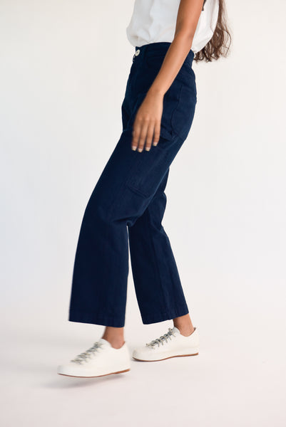 Jesse Kamm Handy Pant - Organic Cotton Canvas in Midnight on model view side