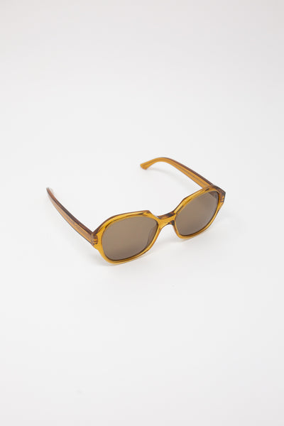Eva Masaki Sunglasses 001 in Honey diagonal front view