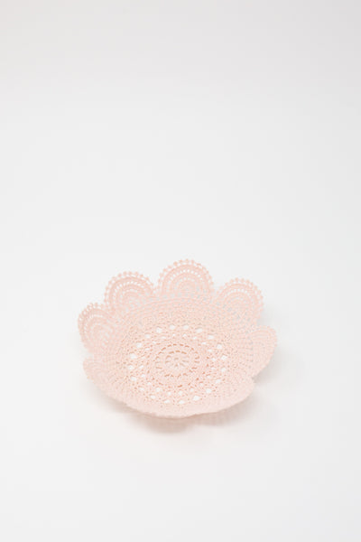 Neonette Lace Bowl in Pale Pink Scalloped
