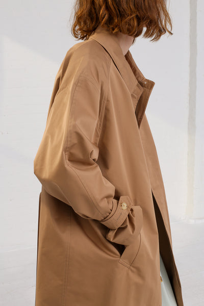 Nehera Comm Trench Cotton Blend in Camel on model view pocket detail