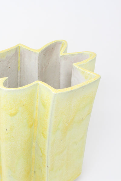 Wiggle Vase in Buttery Yellow