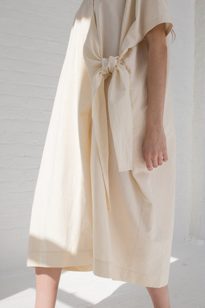 Lauren Manoogian Wrap Caftan in Raw White tie detail view