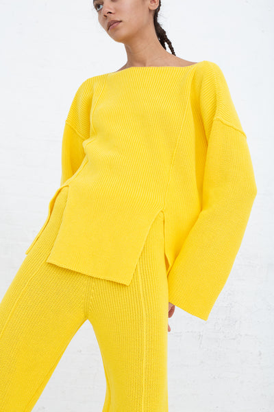 Baserange Ware Pullover in Giallo front view