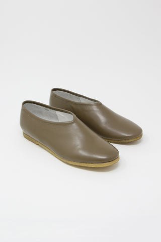 Cosmic Wonder Light Leather First Folk Shoes in Beige | Oroboro Store | New York, NY