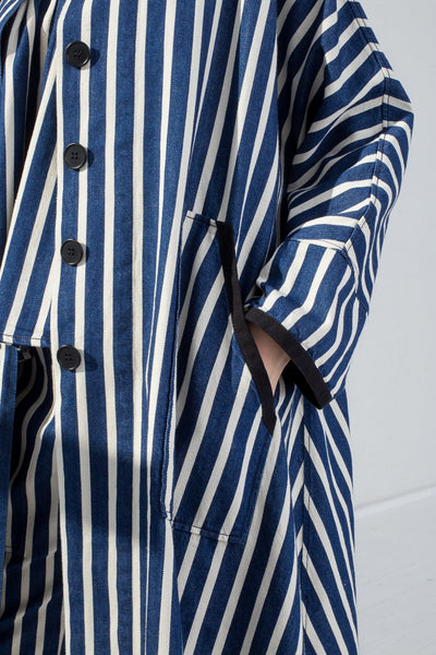 AVN Cotton Jacket in Stripe on model view pocket