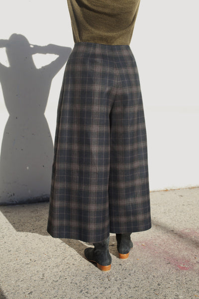 Fairlei Trousers in Flat Plaid