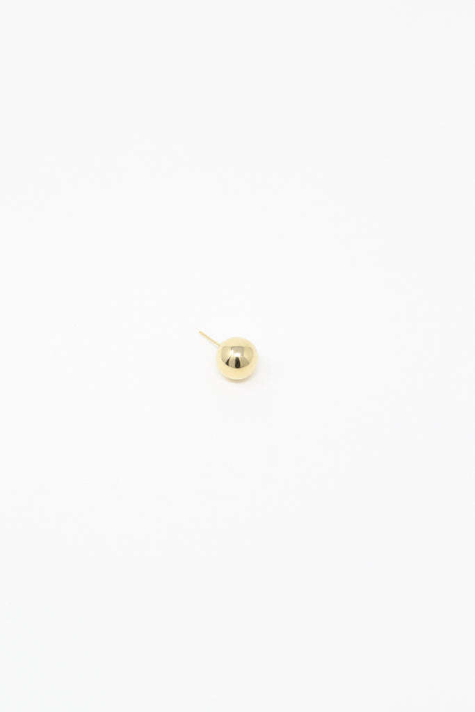 Kathleen Whitaker Medium Sphere Stud in 14K Yellow Gold full view, Oroboro Store, New York, NY