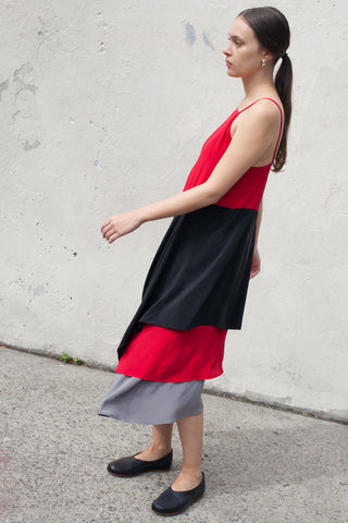 Simple Shape Dress Long in Red