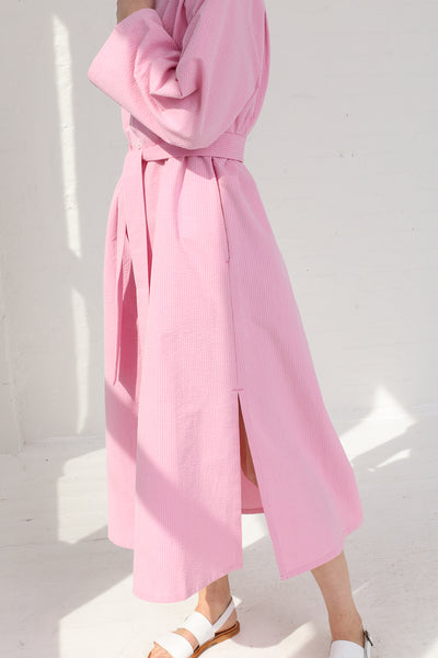 Cristaseya Seersucker Cotton Maxi Shirt Dress in Light Pink on model view side detail
