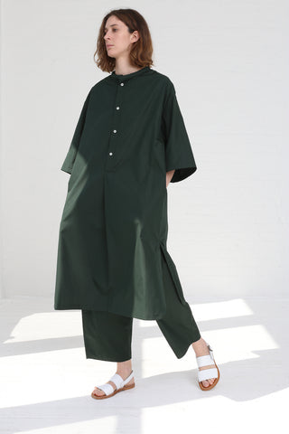 Cristaseya  Light Cotton Caftan w/ Padded Collar in Forest Green on model view front