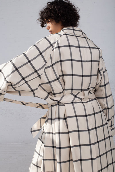 Rito Oversize Coat in White & Black back view