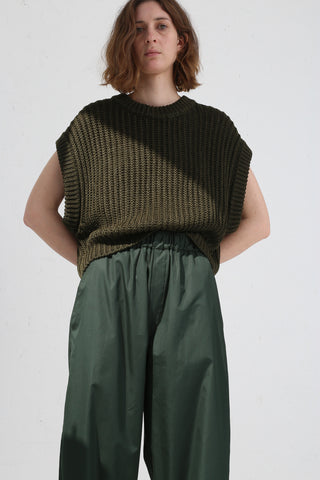 Cristaseya Linen Ribbed 3 Yarns Short Gilet in Green on model view front