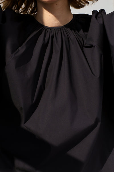 Studio Nicholson Gathered Volume Top in Dark Navy neckline detail view
