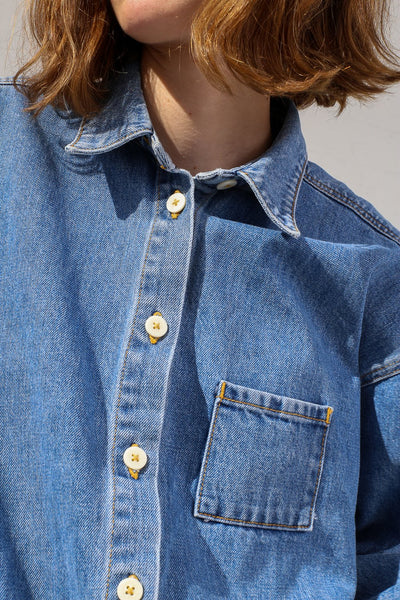Jesse Kamm Okuda Jacket in Japanese Denim/Cowboy Blue on model view collar detail