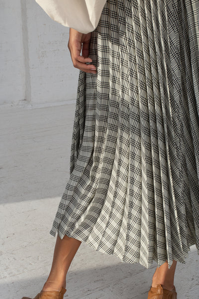 Shaina Mote Aster Skirt in Cream/Onyx Checks cropped back detail view