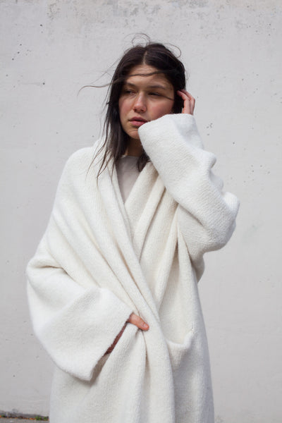 Capote Coat in White