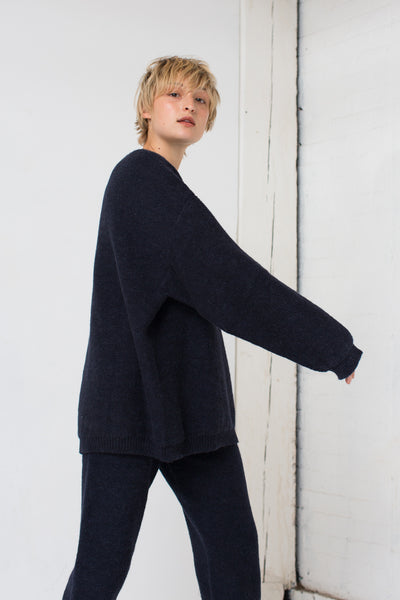 Riley Pullover in Navy