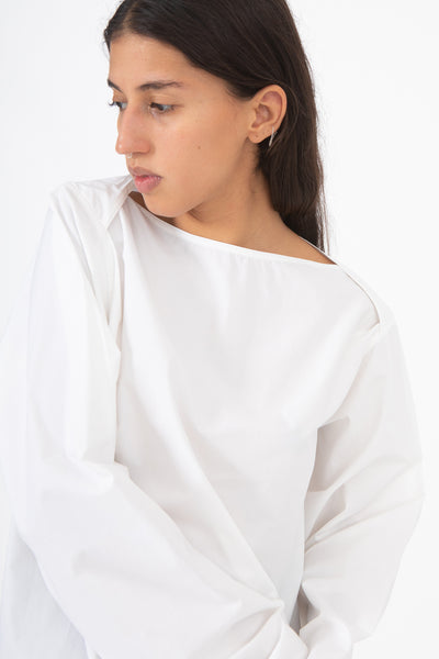 Sofie D'Hoore Betul Top in White, Front View Cropped at Waist, Oroboro Store, New York, NY