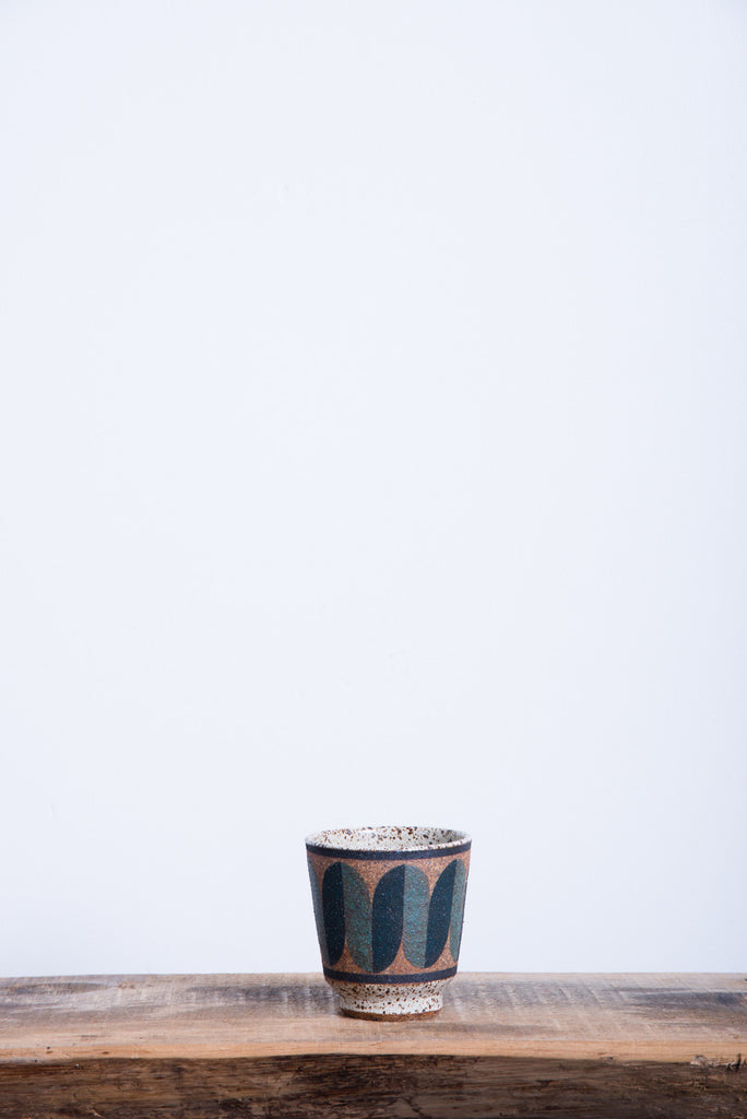 Straight Painted Cup in Black & Green Squiggle