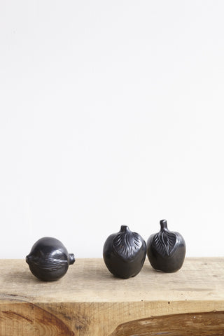 Colectivo 1050° Black Clay Apple | Oroboro Store | Brooklyn, New York