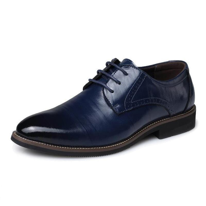 Men's British pointed leather shoes