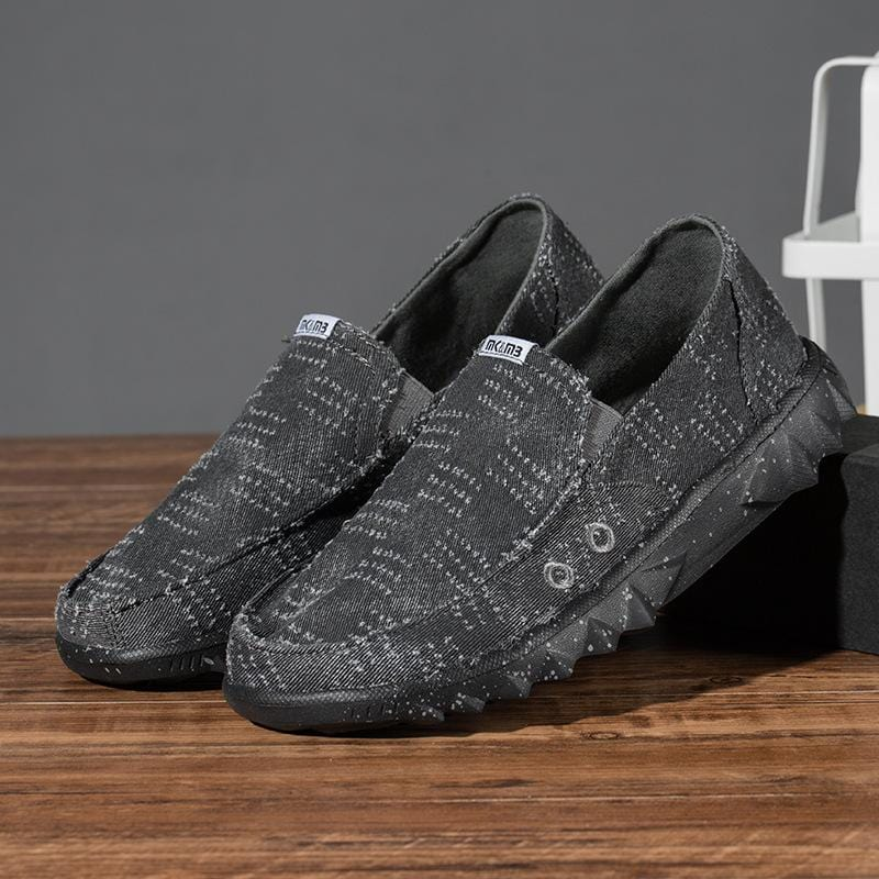 breathable lightweight men's shoes
