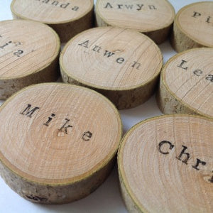 Set of 10 Wood Disc Personalised Name Place Settings