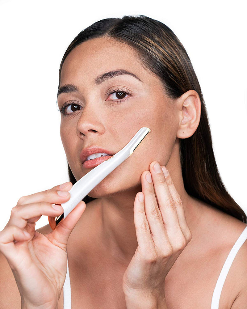 Finishing Touch Flawless Dermaplane Glo Lighted Facial Dermaplaning and Hair Remover Tool - Non-Vibrating and Includes 6 Replacement Heads - TUZZUT Qatar Online Store
