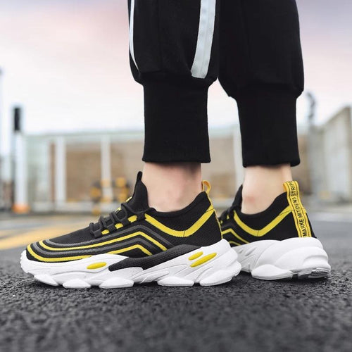 Trending Fashion Breathable Non-slip Tennis Sneakers Men Shoes - Model 9920 (Black-Yellow)