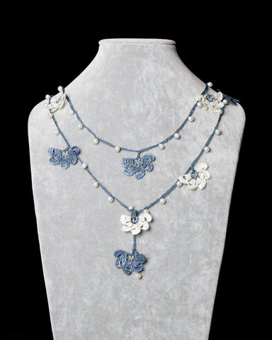 Pearl Lariat with Fan Motif - Steel Blue and White