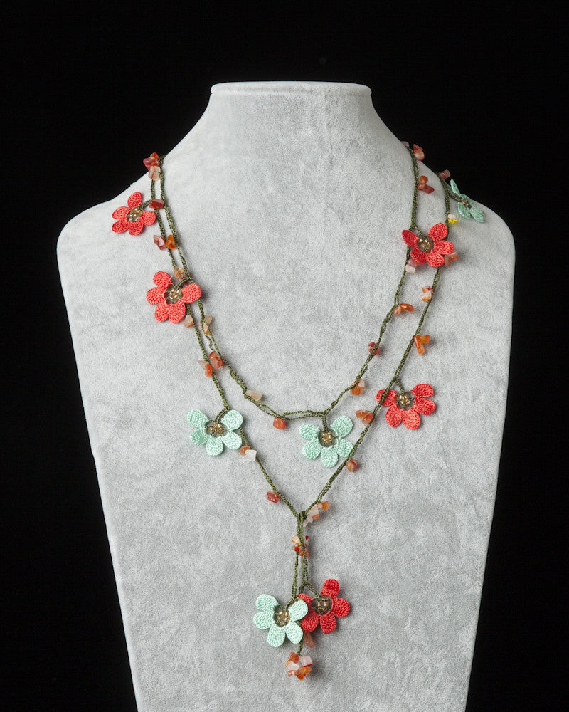 Lariat with Clover Motif -  Pomegranate & Aqua