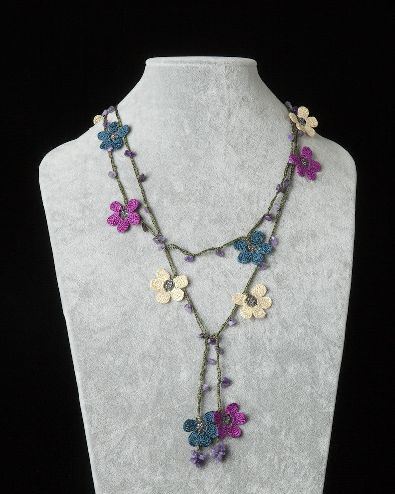 Lariat with Clover Motif - Cream, Plum & Blue Green